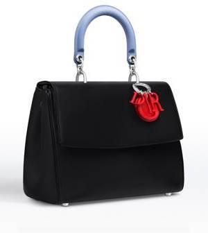 Manteaux sacs à main et chaussures pour femme de marque Dior